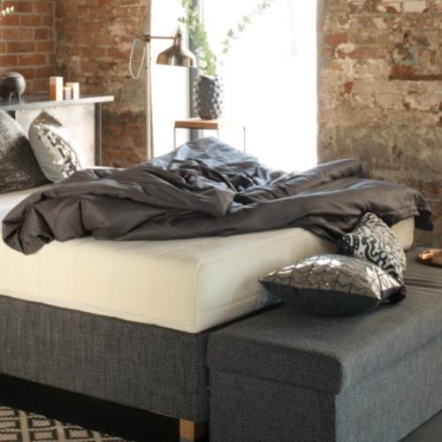 Zakochaj się w śnie na twardym podłożu z materacem Hilding Pasodoble